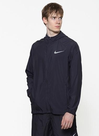 Nike Rüzgarlık Siyah